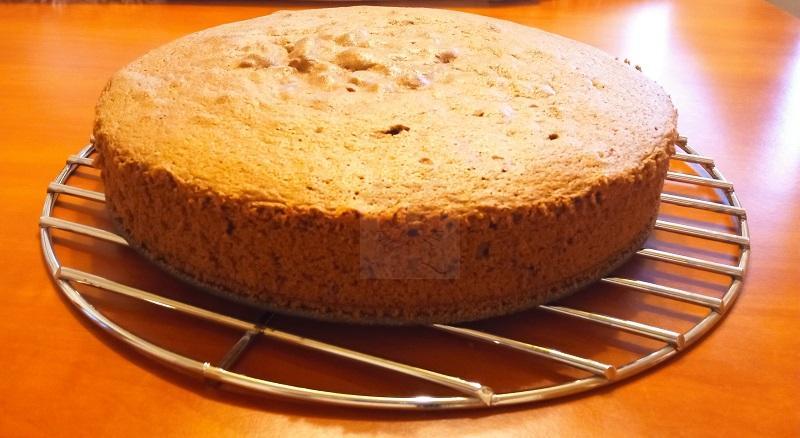Csokitorta tészta sütés után